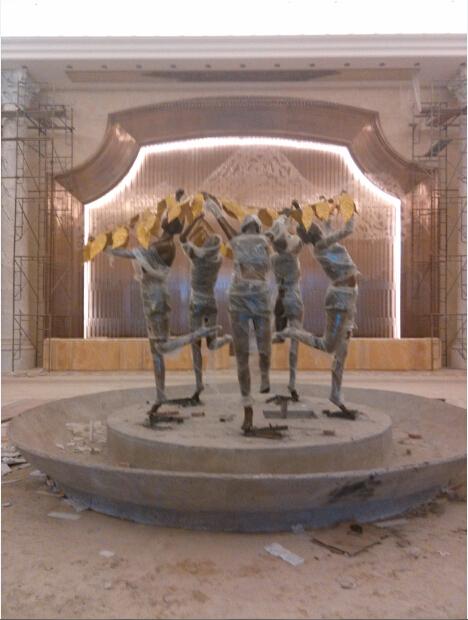 恒大酒店铸铜人物雕塑顺利竣工 天津善大雕塑