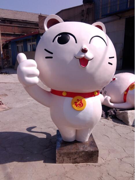 卡通猫动物雕塑