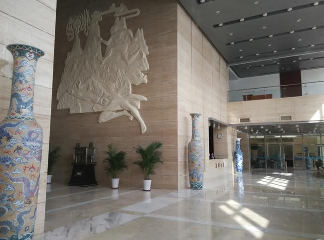 航局夸父追日浮雕顺利竣工 天津善大雕塑公司荣誉出品
